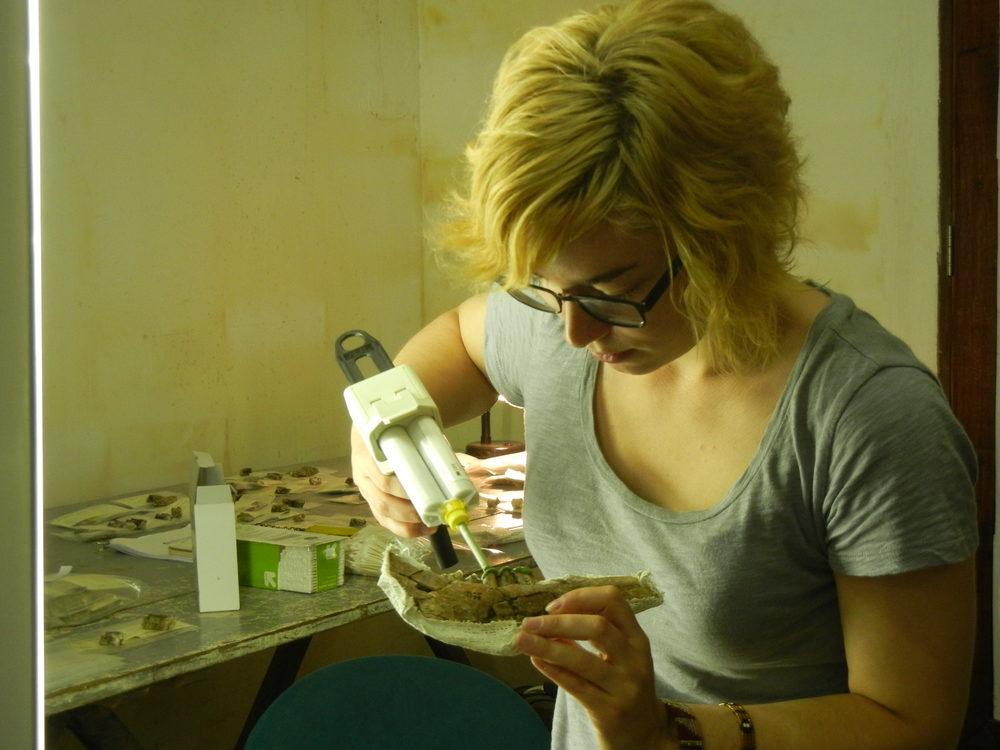 Alia Gurtov molding Parmularius altidens teeth