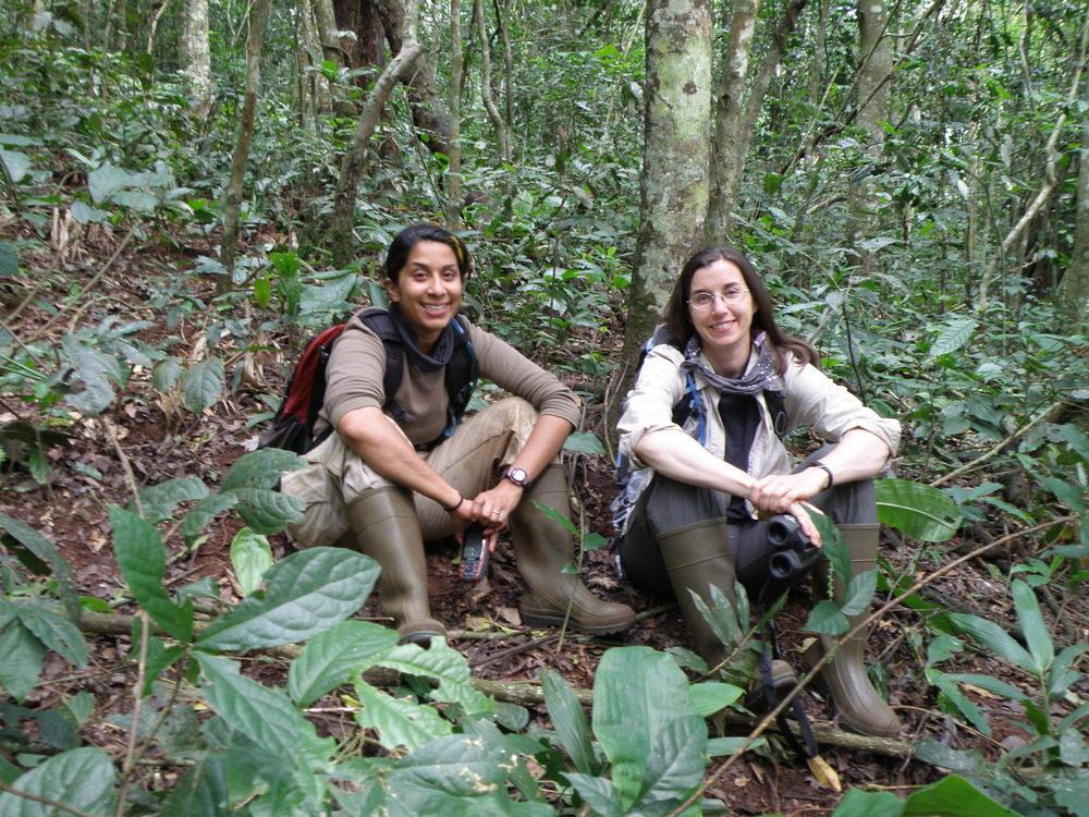 Tanya Smith (R) and co-PI Zarin Machanda (L)