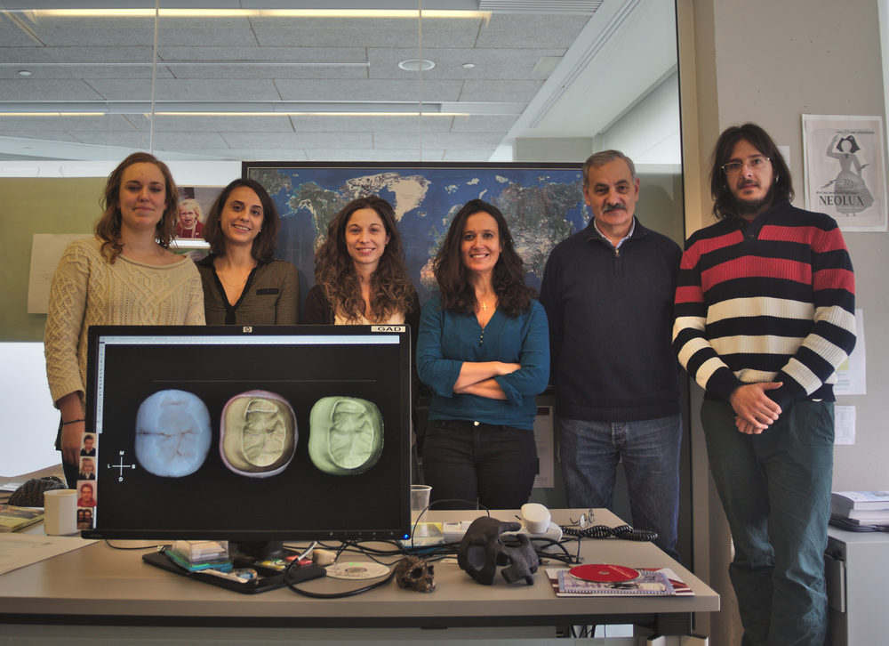 Dental Anthropology Group at CENIEH. From left to right: Cecilia García Campos, Laura Martín-Francés, Marina Martínez de Pinillos, María Martinón-Torres, José María Bermúdez de Castro and Mario Modesto Mata.