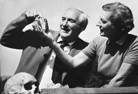 Louis and Mary Leakey with the jaw of Zinjanthropus. Photo by Des Bartlett from The Leakey Foundation archive.